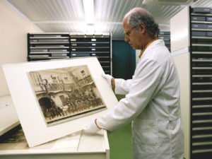 Projecte - De l'Arxiu de Barcelona al teu timeline - museografia - Iuris.doc | Màrqueting de continguts